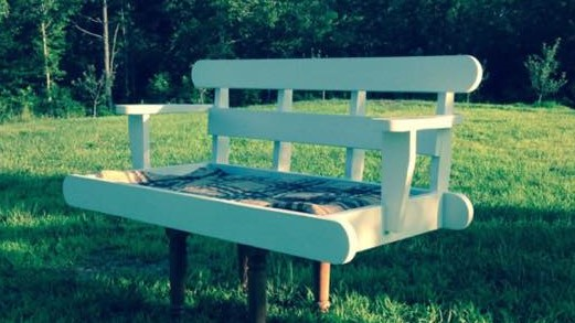 Custom Made Porch Swings - Skaggs Creek Wood Shop