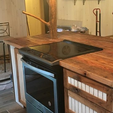 Rustic Kitchen Island and Cabinets, Flat Pack Cabinets, RTA Wood Cabinets, Custom DIY Cabinets, Cabinets to Go, Rustic - Reclaimed Wood, Made in USA, Skaggs Creek Wood Shop