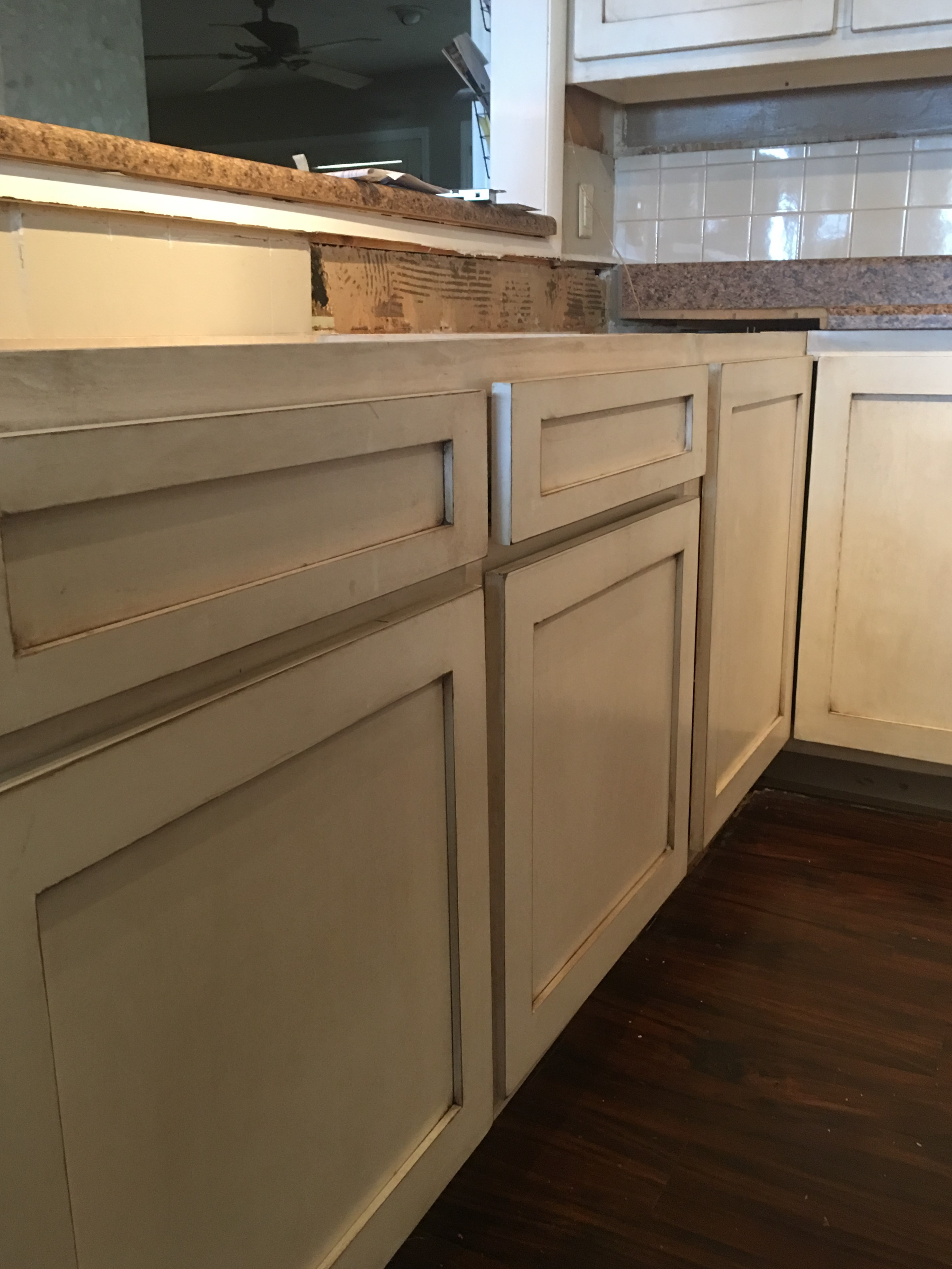 cream granite remodel and space ideas cabinets white distressed kitchen pin colonial for cabinet exciting